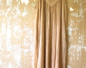 vintage.  Cream Flowy MAXI Dress  / Rayon Dress / Free Size