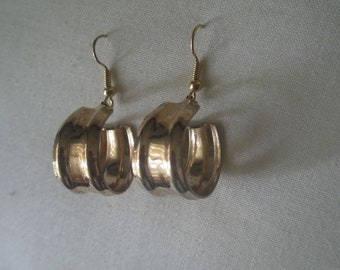 Vintage Gold Tone Band Hanging Earrings