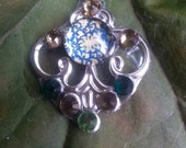 Deco Darling Bindi, re-useable bellydance / festival forehead gem, silver and blue