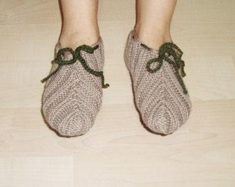 Hand Knitted Womens  Slipper Socks in beige and green wool yarn. house slipper