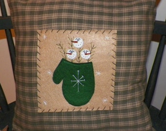 UNSTUFFED Primitive Snowman Pillow Winter Decoration Mitten Snow Snowflakes Country Home Decor Stitchery Snowmen Accent Green wvluckygirl