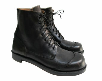 Vintage Hobnail Boots Made In USA Mens Black Leather Ankle High Lace Front Handmade Work Boots Mns US Size 11 1/2