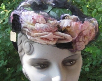 Fab Vintage 1930s 1940s Tilt  Hat With Pink Purple Flowers Roses  Netting