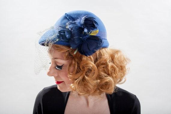 Vintage 1940s Hat - Blue Wool Feather Flower - 1950s Fashions