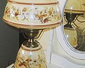 Vintage Quoizel Hurricane Table/Parlor Lamp