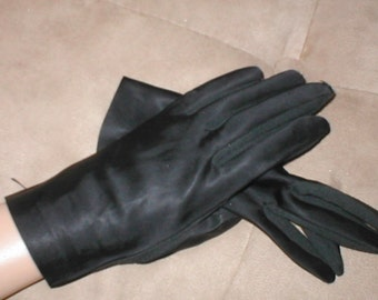 Vintage Black Dress Gloves from 1940's