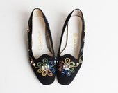 Vintage 60s MOD Embroidered Flats / Rhinestone Embroidered Shoes, 9.5 40.5
