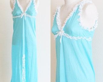 Vintage 1960's Lingerie Turquoise Nightgown / Sheer Babydoll Peignoir White Lace Trim / Size Medium