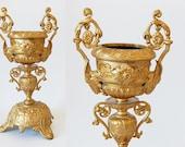 french urn decoration one golden urn