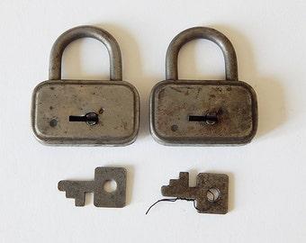 2 locks and keys vintage padlocks