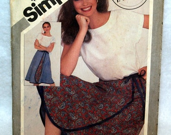 1981 Simplicity Wrap front skirt and top Pattern 5319 All sizes are included