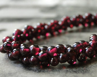 Garnet Gemstone Necklace / Gemstone Choker / Statement Necklace / Accessories / Chic Jewelry / Gift for Her / Mother's Day Gift / Gift Box