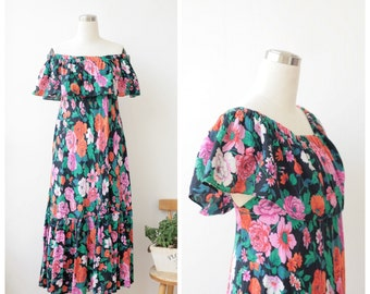 1970s Lilian Fell floral maxi boho dress, off the shoulder ruffled sundress, bold garden print party dress