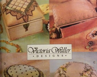 Vogue Sewing Pattern Pin Beaded Boxes Uncut 2000 Pin Beading Accessories Gift Boxes Ribbons Lace Trimmed