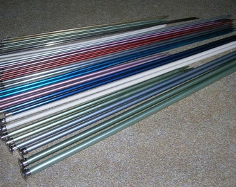 Lot 1: Vintage Knitting Needles Lot 15 Pairs Aluminum & Some Plastic Sizing 1 to 11