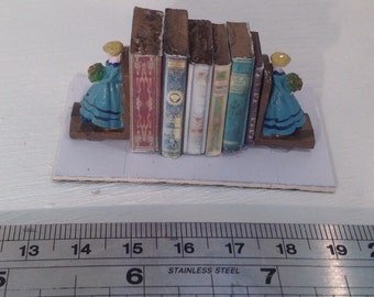 Dolls House Minaitures - Metal Hand painted Book-ends (girls)
