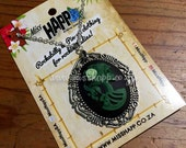 Green skull lady Cameo Necklace