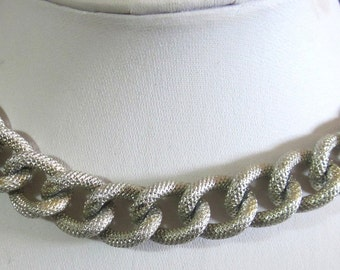 Textured Silver  Vintage Chain Choker Lightweight Necklace