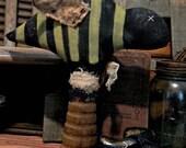 ON SALE Primitive Folk Art Bee On Bobbin-FAPP