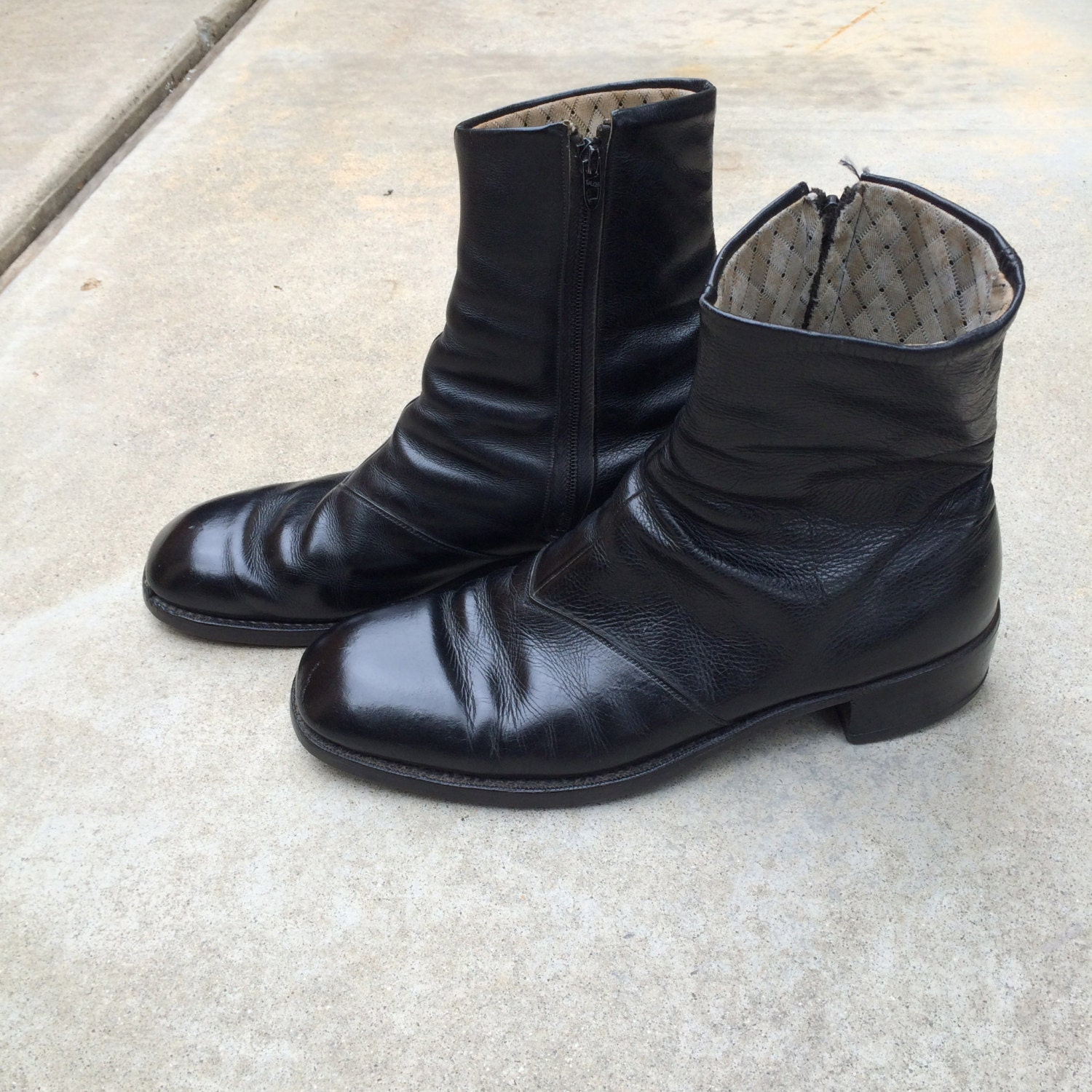 black leather vintage beatle boots mens 9 rounded by