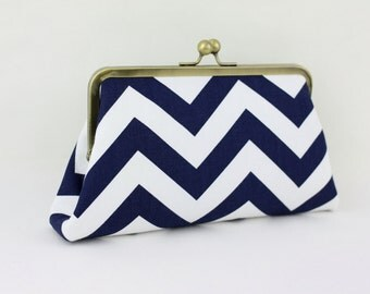 Navy & White Chevron Zig Zag Stripes - 8 inches Bridesmaid Clutch - the Christine Style Clutch