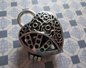 Large Fillable Silver Heart Locket - 32mm X 42mm - OpenCut Outs - Flower & Dot Designs - Qty 1