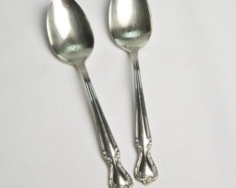 Silverplate Flatware Oval Soup Spoons Vintage 1952 Rogers and Bros Daybreak - Elegant Lady Pattern Craft Supplies