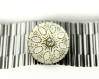 Metal Buttons - Medieval Flower with Crystal Brass White Metal Shank Domed Buttons - 0.67 inch - 10 pcs