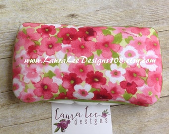Pink and Green Watercolor Flowers Travel Baby Wipe Case, Pink Roses, Personalized Case, Diaper Wipe Case, Baby Shower Gift, Baby Wipe Clutch