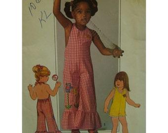 """Girls Sunsuit Pattern, 1970s Halter Jumpsuit, Open Back Romper, Ruffle, Simplicity No. 7557 UNCUT Size 6 Chest 25"""" (64cm)"""