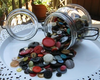 Glass Jar Filled with 500 Old Buttons - Jar Made in France - Oak Hill Vintage