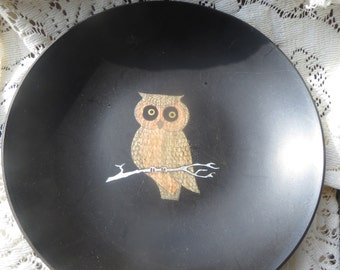 Couroc Shallow Black Resin Bowl with Inlaid Owl