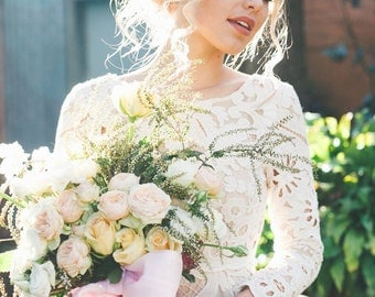 DREAM WEAVER Vintage French lace wedding dress