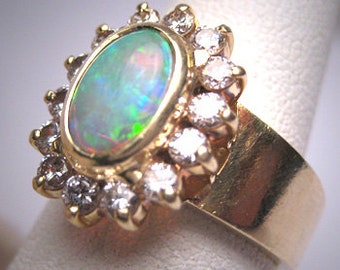 Vintage Australian Opal Diamond Wedding Ring 18K Gold Estate Retro