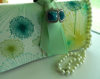 "Travel Jewelry Roll by GrammiesQuiltz ""Dandelions""  Personalized Tags Available"
