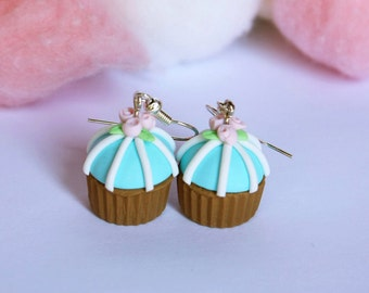Shabby chic pastel sky blue and choco with roses