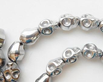 Silver  hematite skull beads (10x8mm)