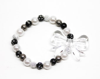 SALE Black and White Bow Beaded Stretchy Bracelet