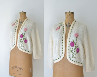 1950s Boucle Cardigan / 50s Cream Wool Sweater with Floral Applique