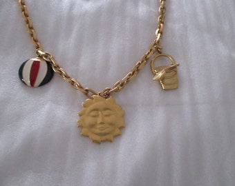 Vintage AVON Gold Tone BEACH Theme CHARM Necklace Ball, Sun, Pail w/Shovel 30""