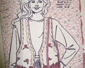 DAiSY KiNGDOM LiNEN PANSY VEST Cut and Sew Fabric Panel by Past and Presents Printed in the USA Sizes s-m-l