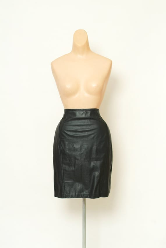 Vintage Leather Skirt 111