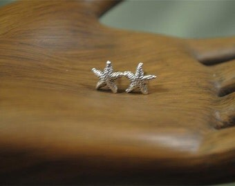 Starfish Earring •