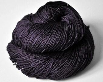Bat in a dark mood - Merino/Silk Fingering Yarn Superwash