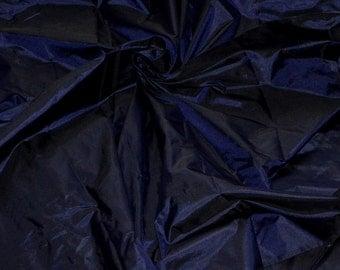 Silk taffeta in Dark Navy Blue - Black, fat quarter -TF 95