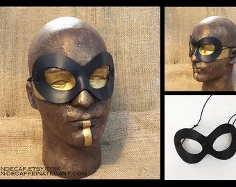 Harley Quinn Mask - handmade leather domino mask - in black