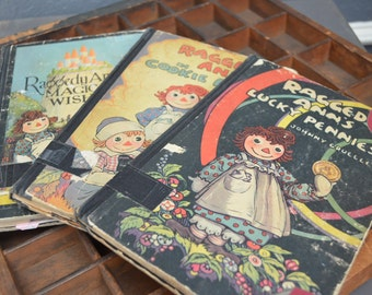 Set of 3 Vintage Raggedy Ann Chapter Books - Color Illistrations 1920s 1930s - Antique Child Teenager Story - Black Binding - Hard Cover