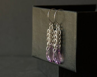 Sterling silver chainmaille crystal earrings. Light Amethyst Swarovski crystal chainmaille earrings. Silver mauve earrings. Gift for her.