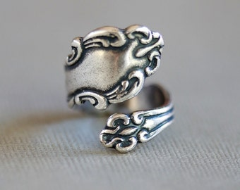 Antique Style Spoon Ring, Jewelry Gift, Silver Plated Ring, Silver Spoon Ring,Antique Ring,Silver Ring,Wrapped,Adjustable,Bridesmaid.