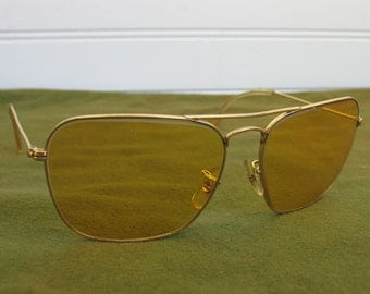 Vintage Ambermatic Ray-Ban All weather Sun Glasses